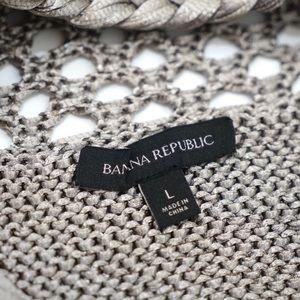Banana Republic Tops - Banana Republic Taupe Thick Knit Top
